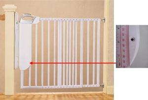 SmartLight Stair Gate with model number 42111