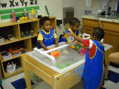 Water play at Day Nursery Indianapolis preschool