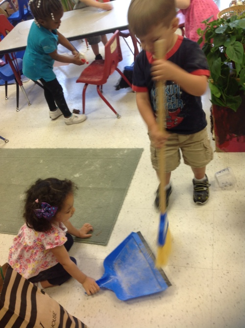 Day Nursery Indianapolis cleanup helpers